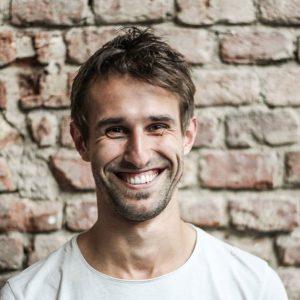 Adam Podhola